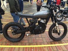 Honda XR400 scrambler at Deus Bike Build Off Bondi