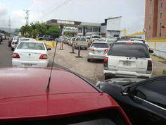 Colas de hasta 24 horas para comprar gasolina - El Nacional.com - EXTRA! Noticias Venezuela