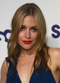 Piper Perabo's punchy red lips