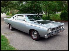 1968 Plymouth Road Runner  426/425 HP, 4-Speed at Mecum Auctions