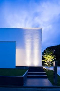 te to te: e do design 一級建築士事務所が手掛けた家です。 Entrance Lighting, Ideal Home, House Plans, Stairs, How To Plan, Inspiration, Modern Houses, Design, Home Decor