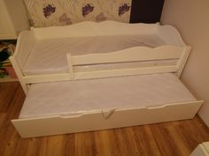 Bonita ágy vendégággyal Toddler Bed, Furniture, Home Decor, Child Bed, Interior Design, Home Interior Design, Arredamento, Home Decoration, Decoration Home