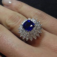 @carlo_barberis_fine_jewellery. #sapphires #naturalgemstones #beautiful#color
