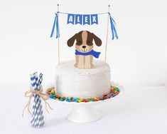 Cute and simple cake topper for a Puppy Party/Dog Party theme! This is the easiest way to decorate a cake for a puppy party! Birthday Cake Girls, Dog Birthday, Birthday Cake Toppers, Birthday Ideas, 13th Birthday, Dog Themed Parties, Dog Cake Topper, Puppy Cake, Dog Cakes