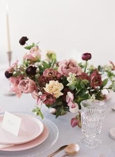 The Most Effortlessly Beautiful Spring Wedding Inspiration wedding centerpieces The Most Effortlessly Beautiful Spring Wedding Inspiration Wedding Flower Arrangements, Wedding Table Centerpieces, Flower Centerpieces, Wedding Decorations, Centerpiece Ideas, Flowers Decoration, Floral Arrangements, Tall Centerpiece, Tall Vases