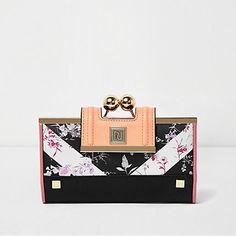Black floral print ball clip top purse £18.00