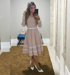 Modest Dresses, Modest Outfits, Skirt Outfits, Classy Outfits, Pretty Dresses, Dress Skirt, Beautiful Dresses, Casual Dresses, Fashion Dresses