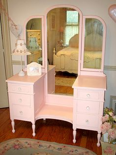 Pretty in Pink Vanity with Tri-fold Mirror....would love it in any other color.
