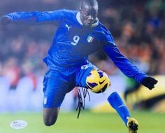 Signed Mario Balotelli Photograph - Italy National Team 8x10 P55543 - JSA Certified - Autographed Soccer Photos *** Find out more about the great product at the image link.