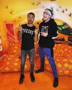 . . #beamaverick #denttheuniverse #logang #doitdifferent #maverickapparell #logan #paul #loganpaul #eljuanpazurita #maverick #kong #vlogger #trending #youtube #2018 #teammaverick #logangfour #23 #fortnite #twitch #notop #topoff #happybirthdaylogan #maverickhouse #vlog #vlogger #youtube #coachella #COACHELLA #reunited Logan And Jake, Logan Paul, Pinterest Board, Coachella, Youtubers, Amy, Legends, Crushes, Join
