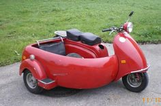 Link is bad but I had to pin it! Don't know what kind of scooter this is. Scooters Vespa, Lambretta Scooter, Scooter Motorcycle, Motor Scooters, Motor Car, Cool Motorcycles, Vintage Motorcycles, Cool Bicycles, Cool Bikes