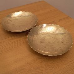 Two Solid Brass  Bowls / Dishes / Plates || Floral Design / Engravings by UKAmobile on Etsy