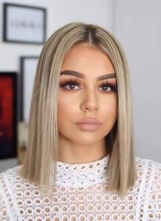 The best hairstyles and colors of women from 2019 - Frisuren and Beauty - Short Hair Styles Cute Hairstyles For Medium Hair, Bob Hairstyles, Medium Hair Styles, Straight Hairstyles, Curly Hair Styles, Bob Haircuts, Fashion Hairstyles, Shoulder Length Hairstyles, Shoulder Length Straight Hair