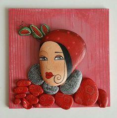 Taş gibi kadınlar serisinden Kırmızılı kadın'da yeni evine gitti. #duvarlarboşkalmasın #tablo #taş #tasarımolcayca