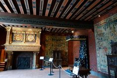 The King's Hall. The fireplace is adorned with fleur de lys (representing French royalty), salamander (Francis I) and ermine (his wife, Duchess of Brittany)