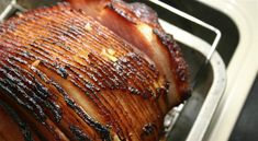 Learn how to cook a spiral ham like a pro. Get our best tips for the ideal glaze and easy cooking technique. It's a must-try recipe perfect for entertaining! Cooking Light, Easy Cooking, Cooking Tips, Cooking Recipes, Cooking Games, Cooking Classes, Spiral Sliced Ham, Spiral Ham, All You Need Is