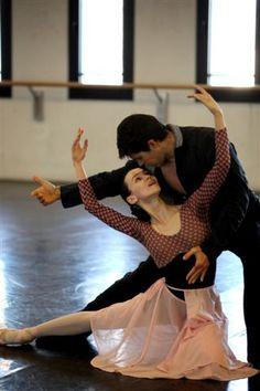 Olesia Novikova and Roberto Bolle in Manon, Teatro alla Scala.