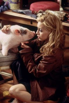 Uptown Girls!  Moo the pot belly pig with the late Brittany murphy.  Loved this movie!!!