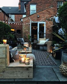 Small Rustic Terrace Garden Design Ideas with Low Budget to Improve Your H. - Small Rustic Terrace Garden Design Ideas with Low Budget to Improve Your Home - Back Gardens, Small Gardens, Outdoor Gardens, Small Courtyard Gardens, Small Terrace, Rooftop Terrace, Outside Living, Outdoor Living, Outdoor Decor