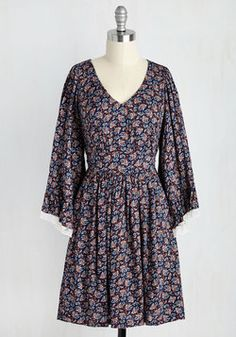 Through the Bluebells Dress in Navy Paisley. Your day off is dreamy as can be thanks to this vintage-inspired dress - part of our ModCloth namesake label! #multi #modcloth
