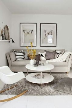Black And White Small Living Room Interior Design Ideas Choosing The Right TV For Your Living Room Home decor ideas Diy home decor Apartment decorating Cozy living room Modern living room Grey living room Couch Small Living Rooms, Living Room Modern, Home Living Room, Apartment Living, Living Room Furniture, Living Room Designs, Home Furniture, Living Room Decor, Living Spaces
