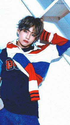 In my opinion, Taehyung looks good in red, blue and white. Especially when they're combined together.