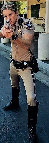 Nice stance Dak. Men In Uniform, Motorcycle Boots, Cops, Leather Boots, Studs, Boards, Punk, Nice, Celebrities