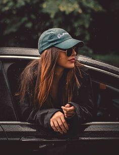 Creative Photography Poses Portrait Photography - ideas - You are in the right place about travel essentials Here we offer you the most beautiful pictures a -