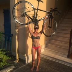 """Random depictions of girls, preferably pretty, better yet badass, using their bikes in a way other than riding them. - Originally I used the term """"carrying"""" but recently reverted to """"lifting"""" which. Hot Girls, Girls With Abs, Girls Be Like, Girls Lifting, Fitness Motivation, Girl Abs, Cycling Girls, Bicycle Girl, Tan Lines"""