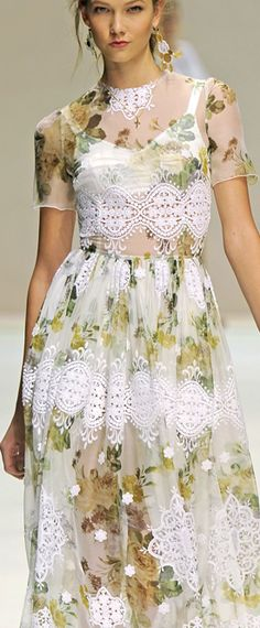TOP SPRING COLOR LIGHT LACE WITH LITTLE SUMMER OUTFIT UNDERNEATH... . Dolce & Gabbana