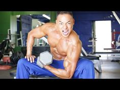 muscletransform.com massive-bicep-training-to-bust-through-arm-plateau