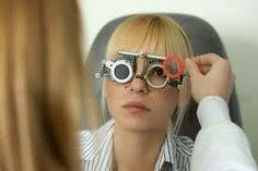EPIRUS TV NEWS: Πανέξυπνο κόλπο: Πώς να βλέπετε καθαρά χωρίς γυαλι...