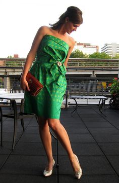 vintage-inspired rehearsal dinner outfit