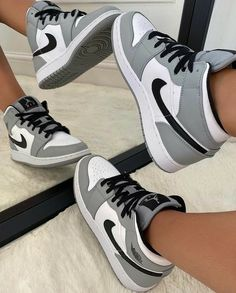 All Nike Shoes, Nike Shoes Air Force, Hype Shoes, Kd Shoes, Brown Nike Shoes, Colorful Nike Shoes, Swag Shoes, Shoes Heels, Shoes Style