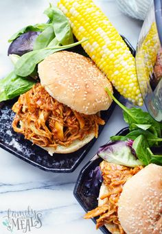 Instant Pot BBQ Chicken - BBQ chicken served on a bun with lettuce and corn - Family Fresh Meals Family Fresh Meals, Easy Family Dinners, Quick Easy Meals, Instant Pot Pressure Cooker, Pressure Cooker Recipes, Pressure Cooking, Slow Cooker, Honey Garlic Chicken, Bbq Chicken