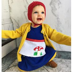 Halloween is happening now! Browse our costume gallery for inspiration on the most unique and adorable DIY Halloween costumes for kids. Baby Gnome Costume, Diy Baby Costumes, Baby Halloween Costumes, Costume Ideas, First Halloween, Halloween Diy, Halloween 2017, Easy Diys For Kids, Bebe