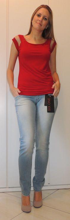 Blusa detalhe tule Tamanhos/cores: P/bordo, G/branca Jeans tamanhos 34 ao 46