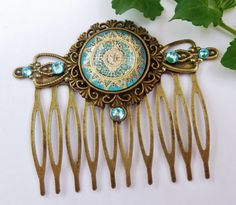Elegant hair comb with a filigree motif in gold turquoise, bronze hair comb, ornate, antique, vintage