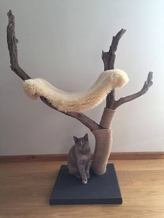 Your place to buy and sell all things handmade Meowjestic cat tree and scratcher with sheep skin hammock Diy Jouet Pour Chat, Diy Cat Tree, Cat Trees, Cat Climbing Tree, Cat Tree House, Cat Stands, Cat Scratcher, Cat Room, Pet Furniture