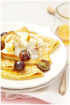Palačinky z pohankové mouky s ovocem a jogurtem  http://www.tescorecepty.cz/recepty/detail/45-palacinky-z-pohankove-mouky-s-ovocem-a-jogurtem