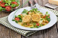 Žemľové guľky bez masla Thai Red Curry, Waffles, Breakfast, Ethnic Recipes, Food, Eten, Waffle, Meals