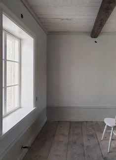 Handarbetaren Tile Floor, Bathtub, Flooring, Standing Bath, Bath Tub, Tile Flooring, Wood Flooring, Bathtubs, Floor