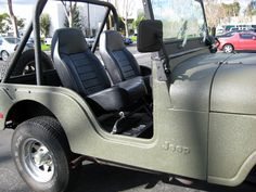 #linex #linexoc #jeep #exterior #bodyarmour  Sweet little Jeep we sprayed inside and out at LINE-X of Orange County.