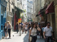 The Marais district, once the Jewish quarter but now home to trendy boutiques and charming shops, is the perfect place for faire du shopping (go shopping).