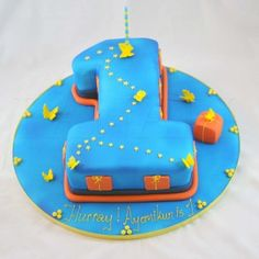 Birthday Cake Ideas For 1 Year Old Boy : 1000+ images about Creative Cakes on Pinterest The ...