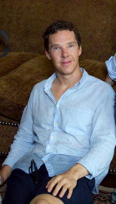 persc0pe:  BTS - 'Patrick Melrose' - e04    📷... Sherlock Cumberbatch, Benedict Cumberbatch, Mens Tops, Shirts, Bts, Shirt, Dress Shirts, Dress Shirt, Top