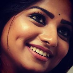 Beautiful Girl Photo, Beautiful Girl Indian, Most Beautiful Indian Actress, Beautiful Eyes, Gorgeous Women, Eye Photography, Girl Photography Poses, Indian Natural Beauty, Asian Beauty