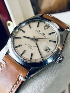 Gentleman Watch, Awesome Watches, Time And Tide, Luxury Watches For Men, Automatic Watch, Elvis Presley, Tudor, Vintage Watches, Clocks