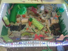 This is my Hamsters DIY cage in its easter theme! Syrian Hamster Cages, Hamster Bin Cage, Hamster Care, Baby Hamster, Hamster Toys, Hamster Stuff, Mouse Cage, Animals And Pets, Cute Animals