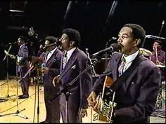 Willie Neal Johnson & The New Gospel Keynotes - With God I'm Satisfied